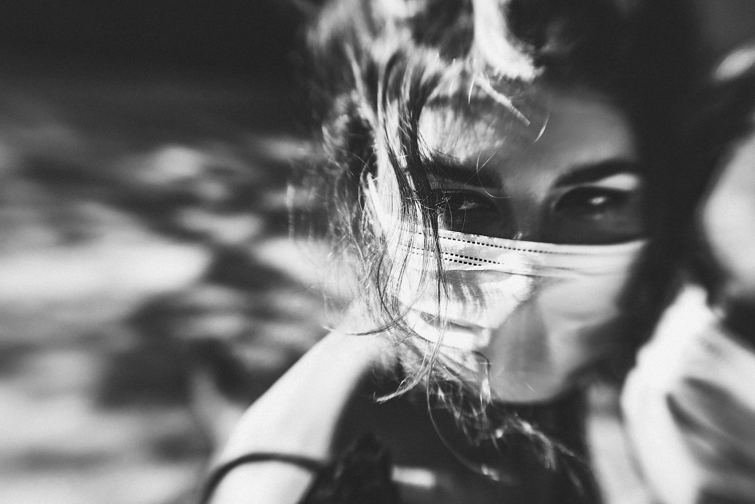 girl in mask black and white covid19