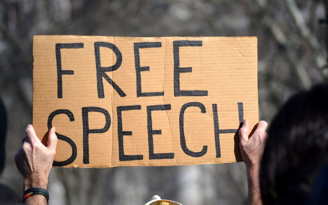 Supreme Court Debates the Merits of Students' Free Speech in Cheerleader Case